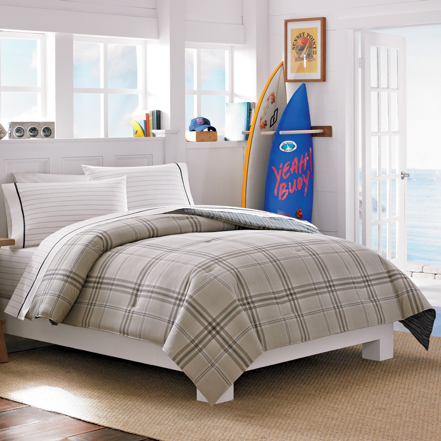 Inspirational bed set The average American back to college shopper will spend over per student and a big part of that cost is college bedding