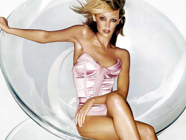 Kylie Minogue wallpaper 2011
