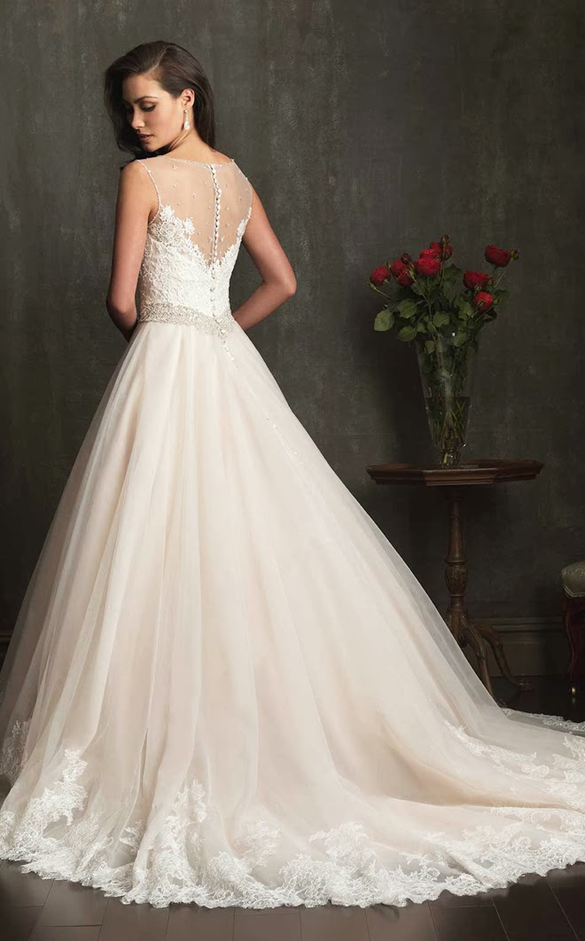 Best wedding dresses of 2013 belle the magazine for Very pretty wedding dresses