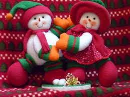 bonitos muñequitos de nieve