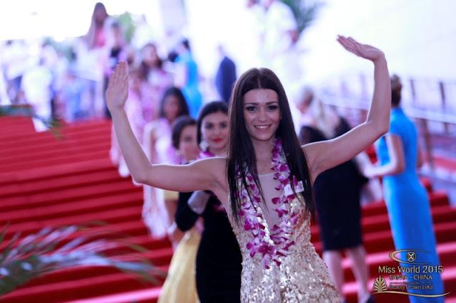 Uniknya Aksi Talent Kontestan Miss World 2015