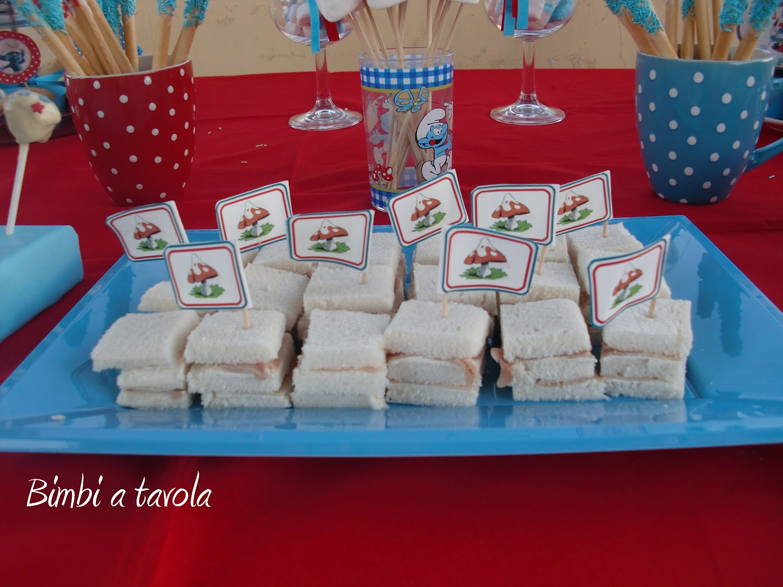 spesso bimbi a tavola: Festa a tema Puffi per il secondo compleanno di Marco! TX52