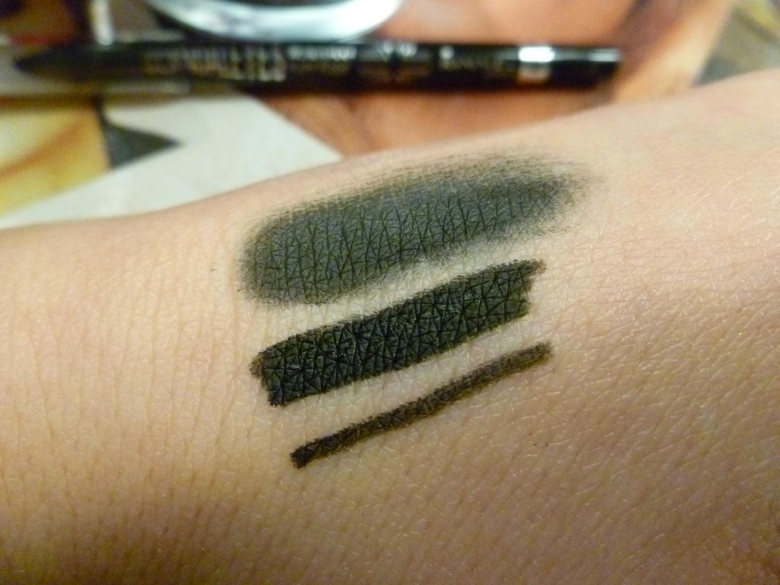 swatch matita nera scandaleyes di rimmel
