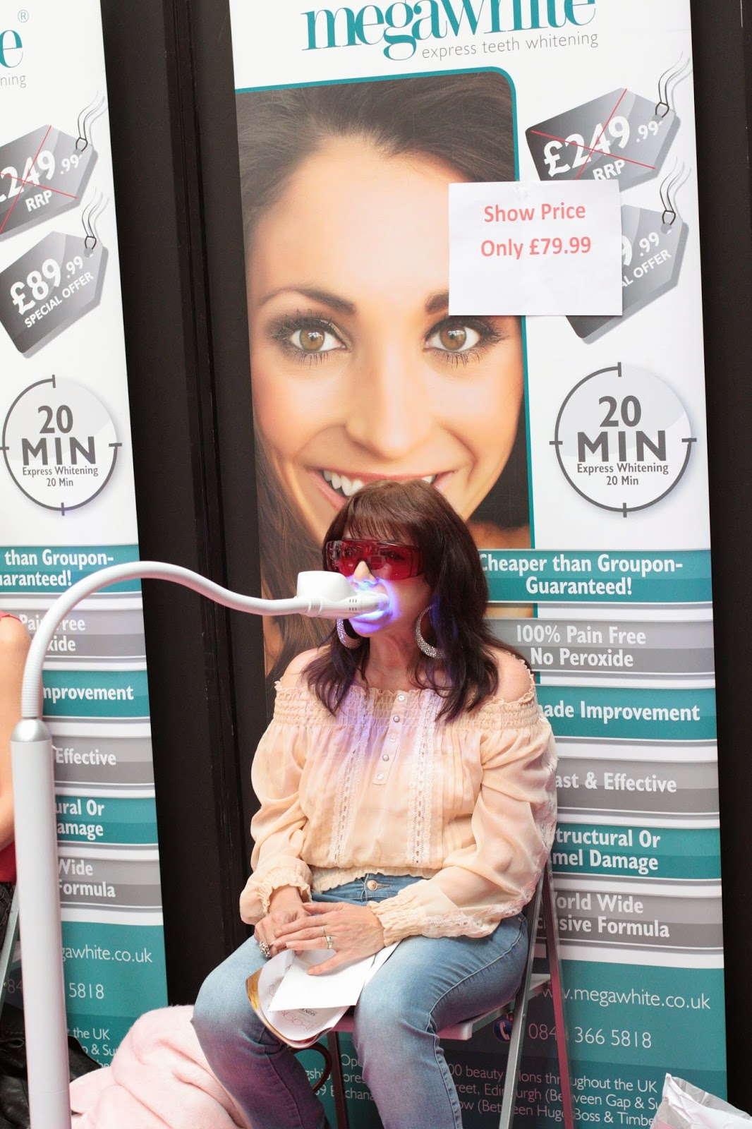 Teeth whitening at the anti-ageing show