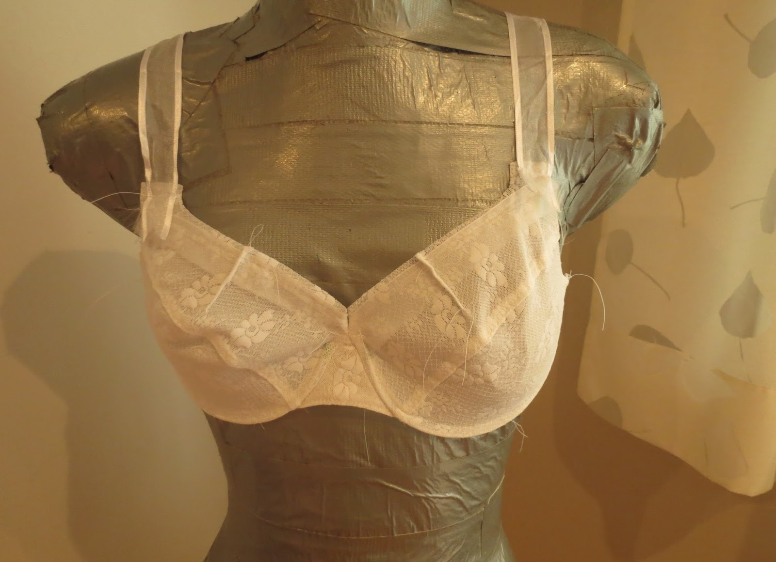 The Sewing Lawyer August 2013 Set Bra Aa8 So Here Is My Fitting Its Single Layer Made Out Of Some Lycra Fabric I Have A Lot And Basted Together In Pretty Rudimentary Fashion