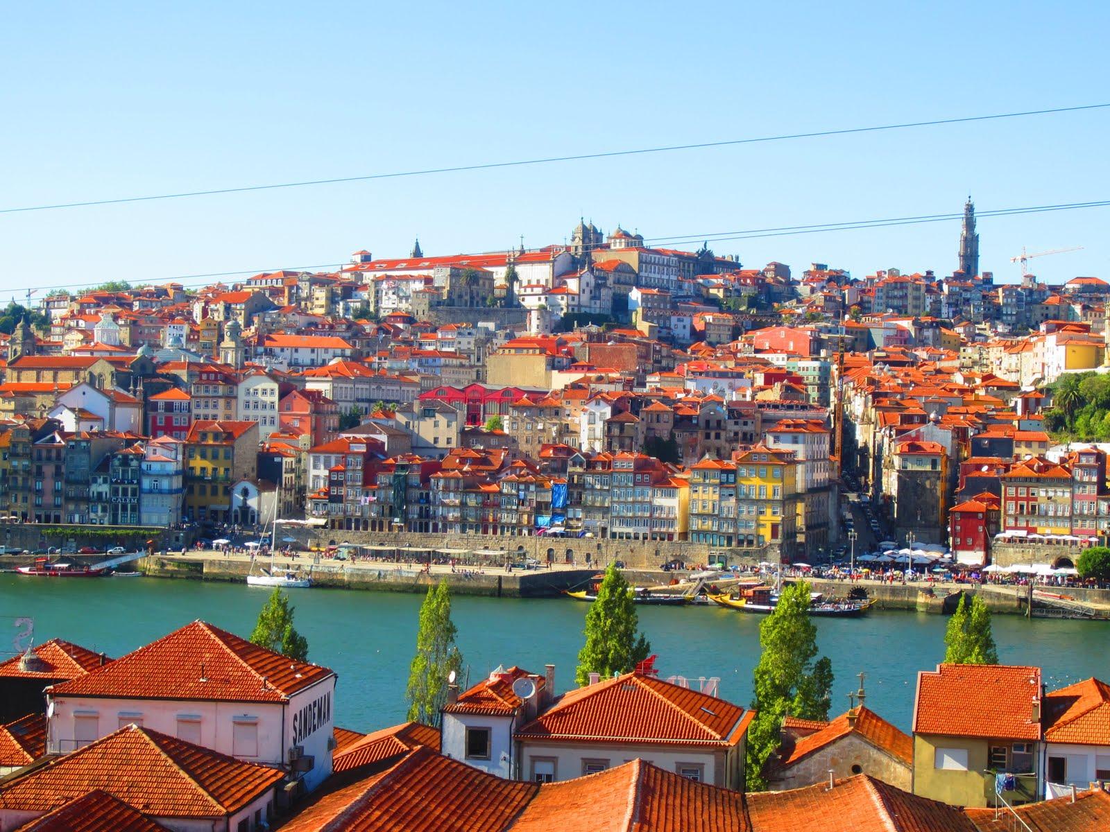 40 075 Porto Portugal A Portly Affair