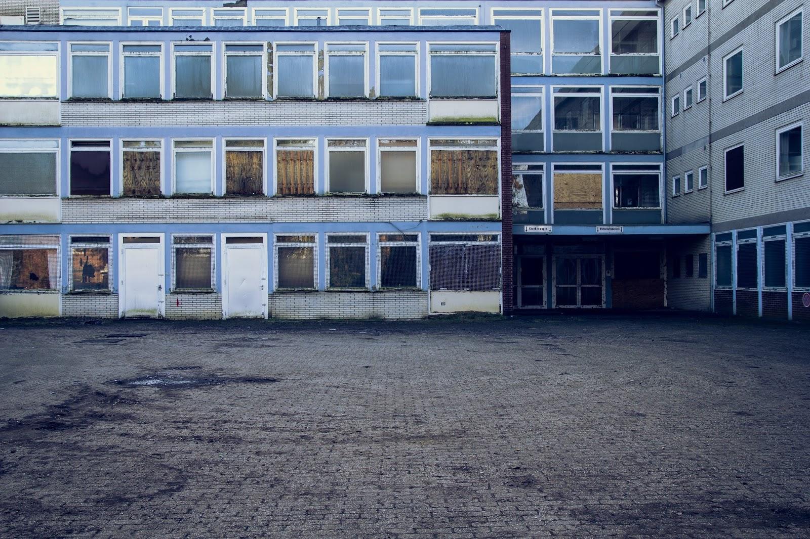 Ehemalige Klinik in Immerath Garzweiler Reportagefotografie Andreas Blauth