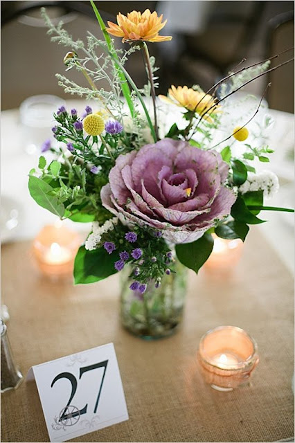 Beautiful bridal 10 breathtaking spring wedding centerpieces for Small fresh flower table arrangements