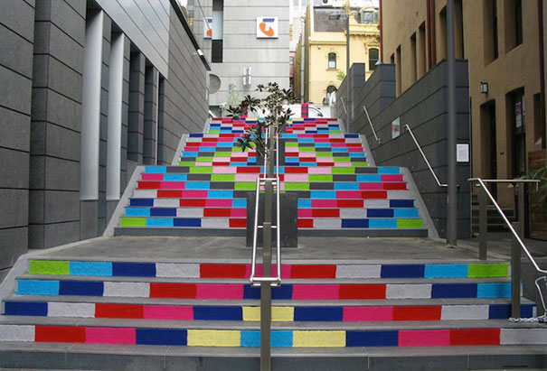 Awesome Colorful Examples of Yarn Bombing