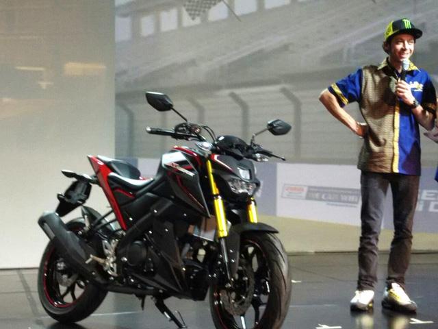 Suzuki trình làng cặp đôi mô tô 150 phân khối giá rẻ mới