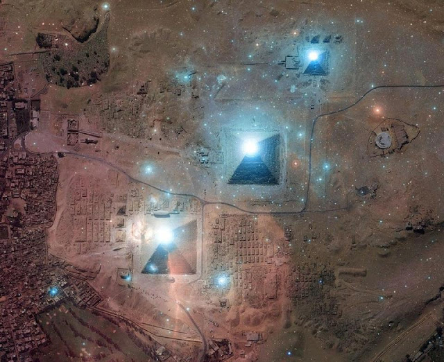 The Fascinating Link Between The Pyramids and Other Worldly Visitors