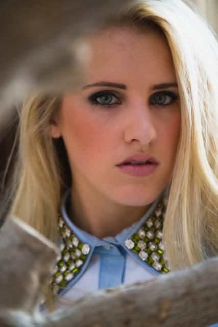 Dubai Fashion Photographer & Style Blogger