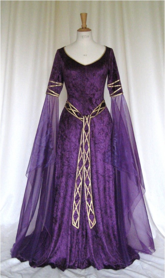 Medieval Wedding Dresses Mthat Are Purple 94
