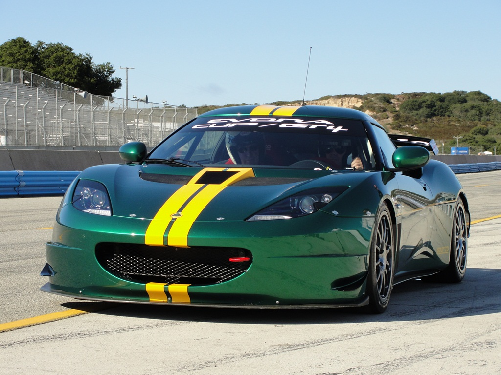 http://1.bp.blogspot.com/-ig35RQvkvTM/UXKew4mMvTI/AAAAAAAAGkY/7Tn42Q1cPeA/s1600/2010+lotus+evora+cup+race+car+(12).JPG