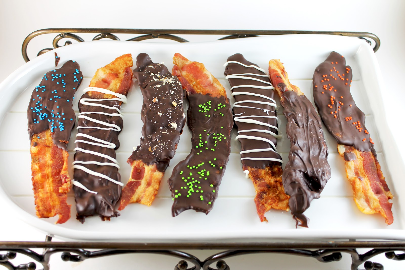 Nat's Adventures in Baking: Chocolate Covered Bacon ( )