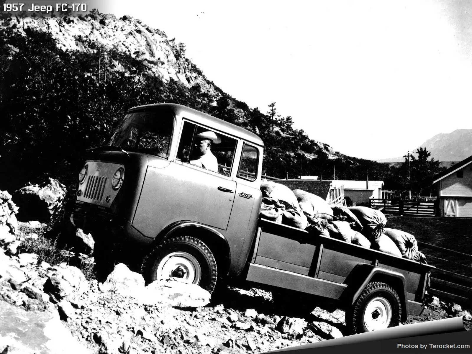 Hình ảnh xe ô tô Jeep FC-170 1957 & nội ngoại thất