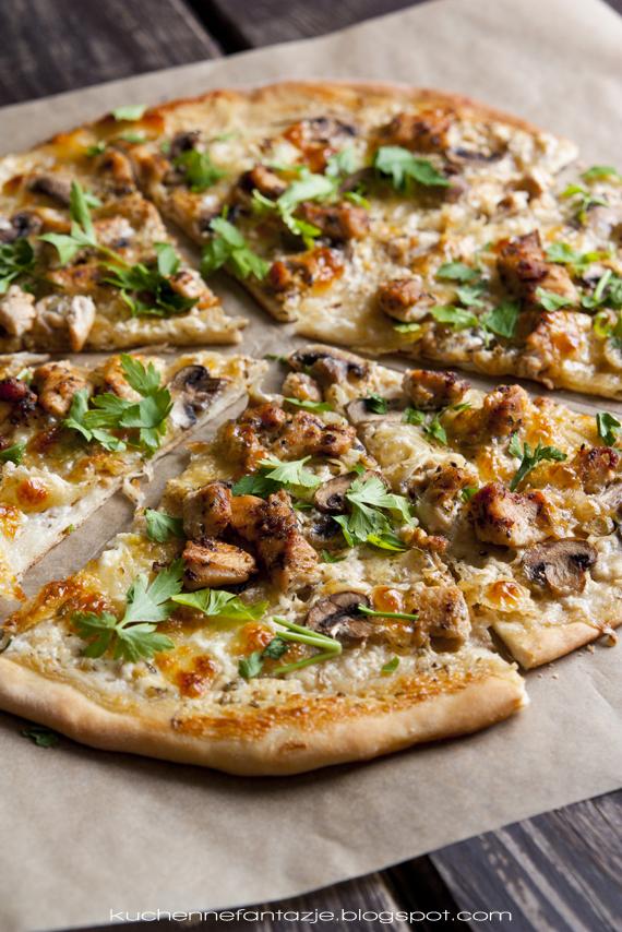 pizza, pizza z gyrosem, pizza z kurczakiem, pizza na cienkim cieście, ciasto na pizzę,