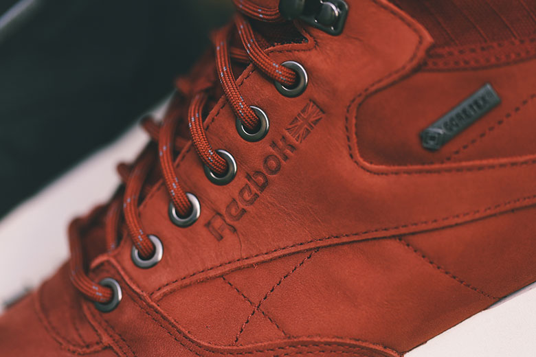 Reebok Classic Leather Mid Gore Tex
