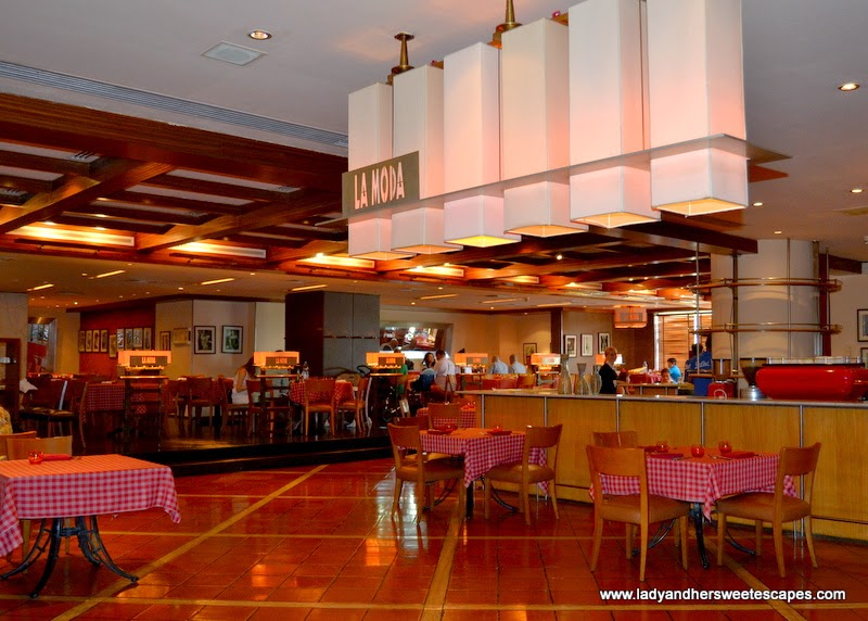 La Moda Italian restaurant at Radisson Blu Dubai