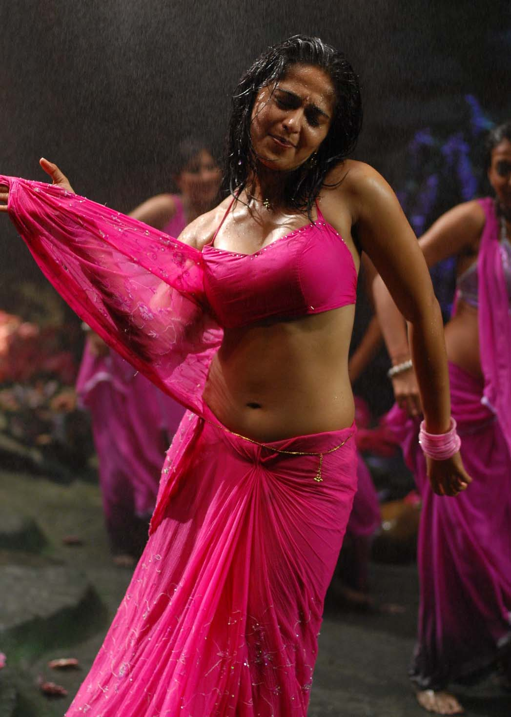 Anushka Shetty Hot actress world: ...