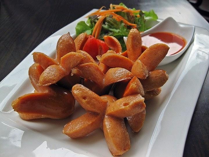 Image result for ไก่ทอด ไส้กรอกทอด