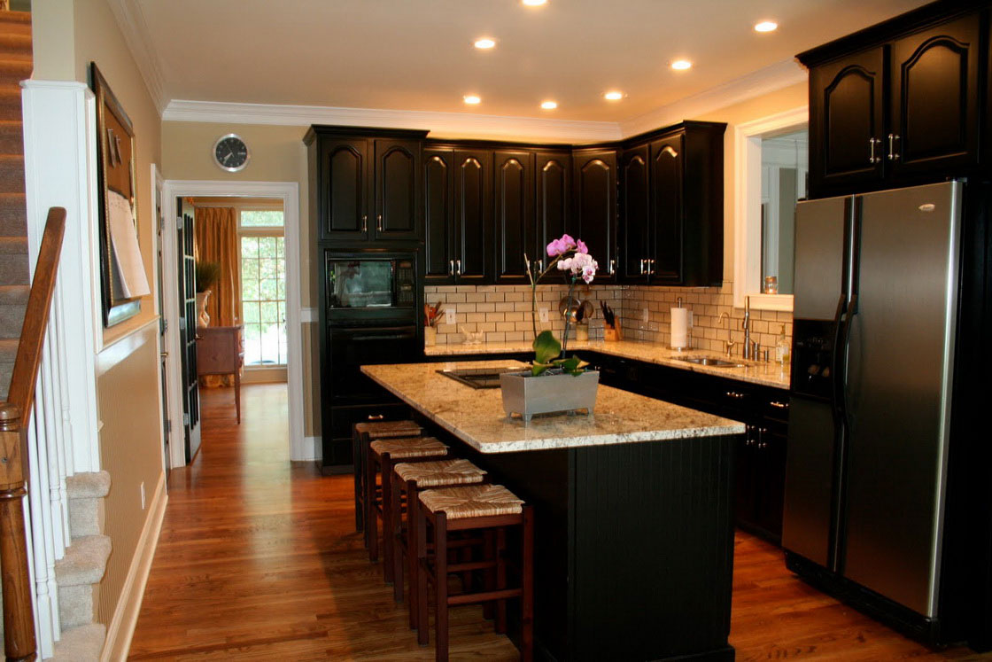 Reface Kitchen Cabinets: Best kitchen cabinets colors in Keeping