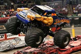 Gambar Monster Truck