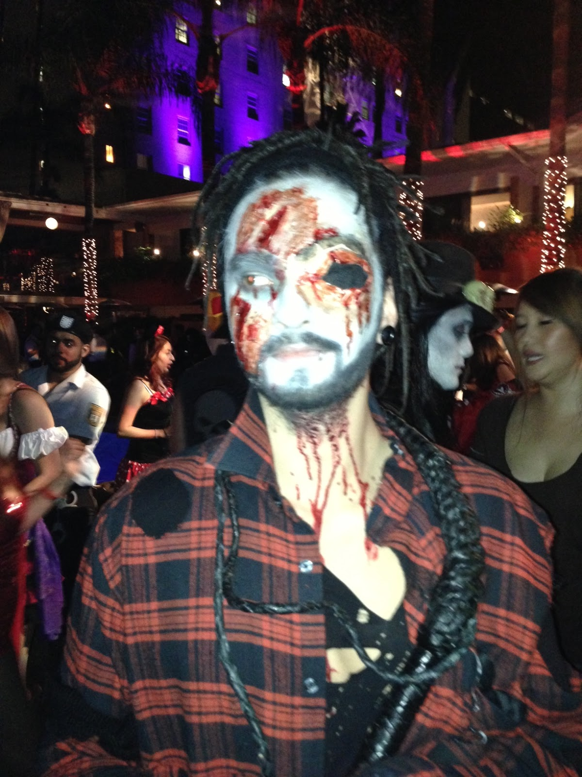 thnoise: bill & tom - halloween at the roosevelt la, usa 2012