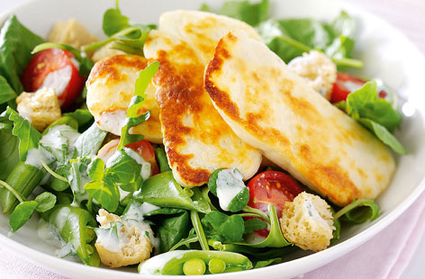 Grilled halloumi cheese salad - How to make Grilled halloumi cheese ...