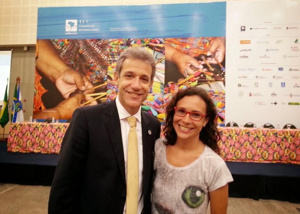 Foto: (E) Ministro da Saúde Arthur Chioro e professora Mariana Arcuri, Diretora do CCS do UNIFESO.