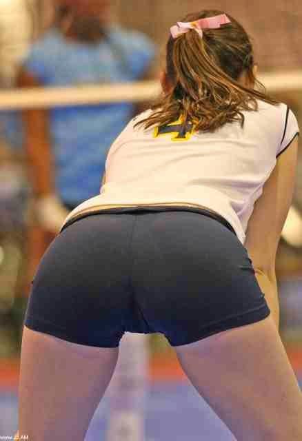фото спортсменок в обтянутых трусиках