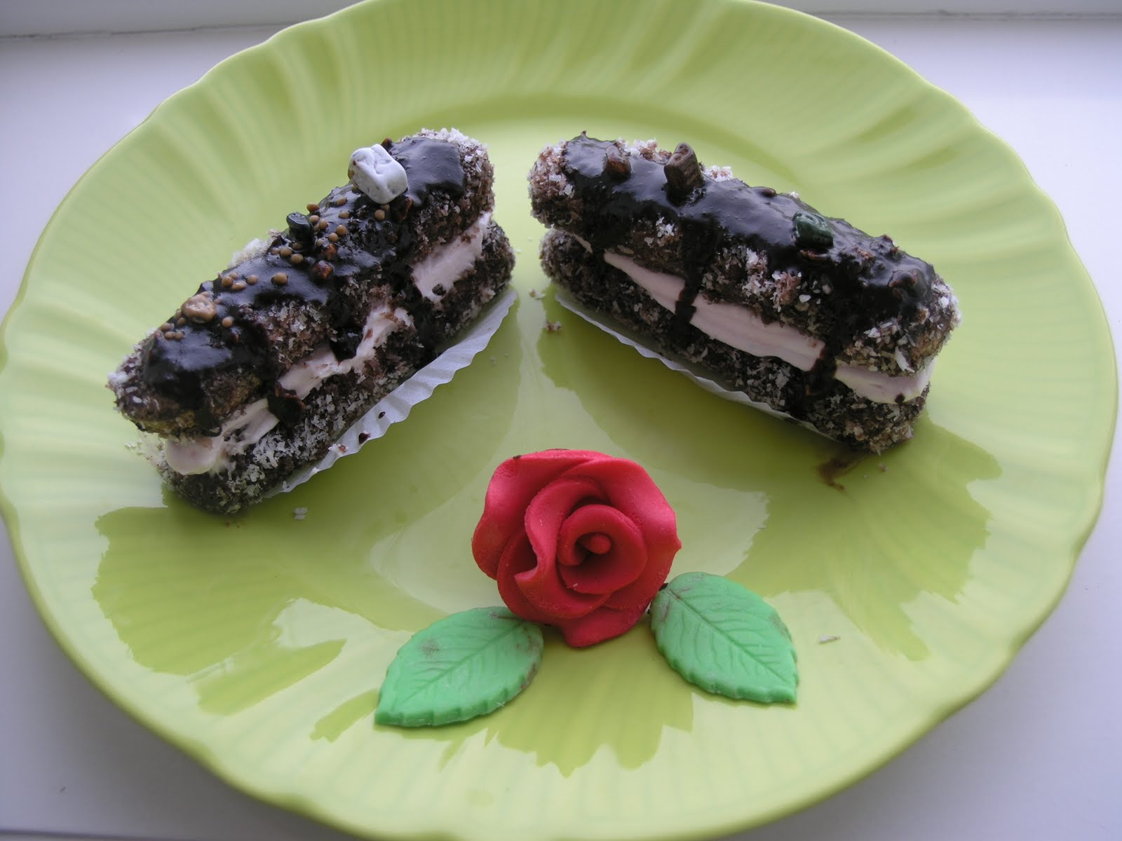 Çikolata Dolgulu Kedidili Tarifi