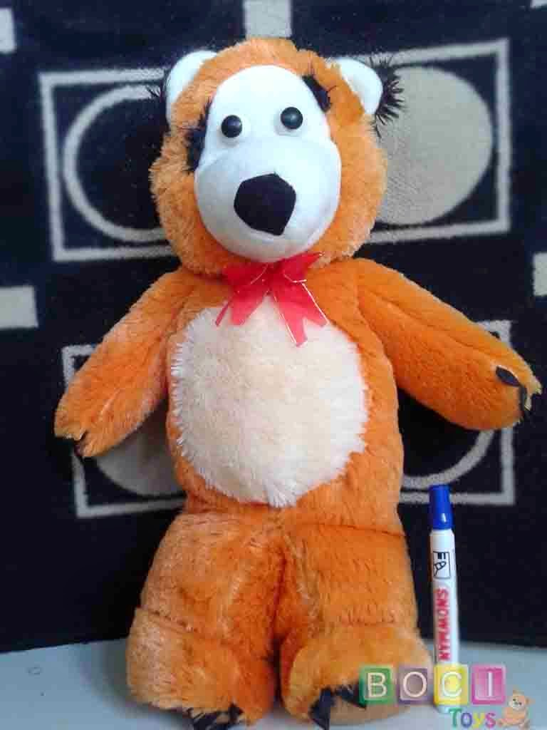Boneka Beruang dari film Marsya and the Bear