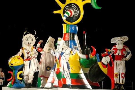 Falla de Joan Ninot escenario de Xarxa Teatre
