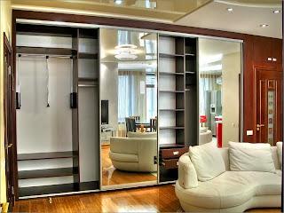 Гардеробная с зеркальными дверьми 2800х2400х600 мм, цена 61 .