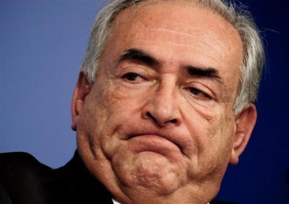 DSK est accusé d'agression sexuelle, de tentative de viol et de séquestration par une femme de ménage du Sofitel de Manhattan