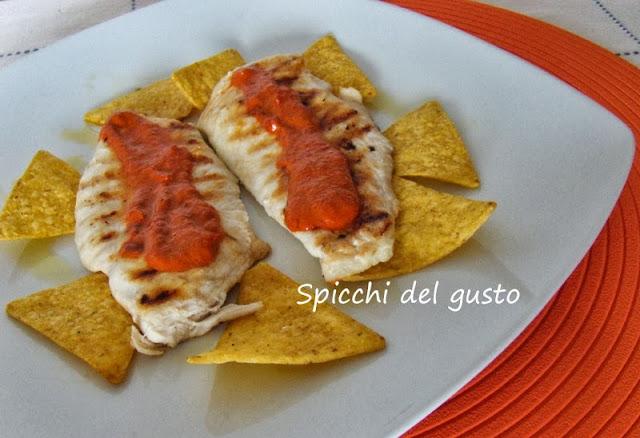 pollo con salsa messicana