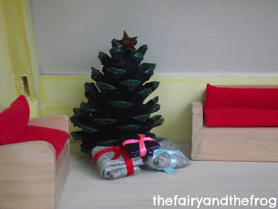 dolls house christmas tree