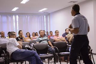 """Curitiba -PR, Palestra """"Pilotagem Segura"""" pela Porto Seguro"""