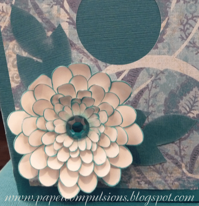 Layered Flower SVG http://papercompulsions.blogspot.com/2011/12/easy-multi-layered-flower-video.html