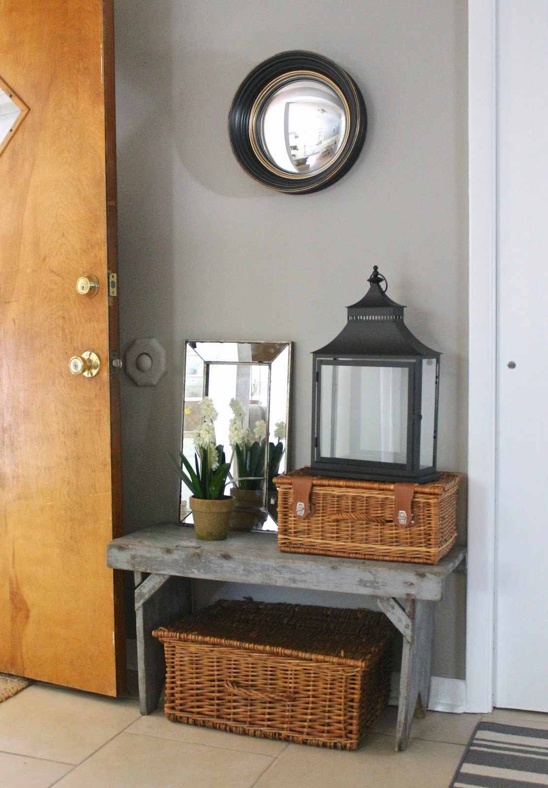 12th and White: Our Entryway {Accessorizing with Home ...