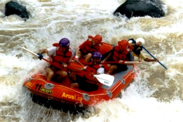 Rafting on the Citarik River, Sukabumi, West Java. AeroTourismZone