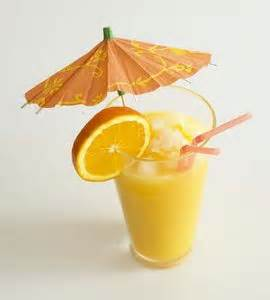 Make Life More Fun And Serve Drinks With Paper Umbrellas Slices Of Fruit The Launch Summer These Drink Recipes Can Get You Off To A Festive
