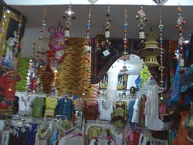 Ropa y artesania de la india tapetes cojines sabanas - Lamparas de la india ...