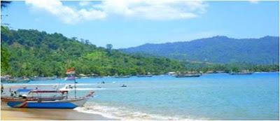 http://gallery-wisata.blogspot.com/2015/06/menunggu-waktu-berbuka-di-objek-wisata-pantai-caroline-di-padang-sumatra-barat.html