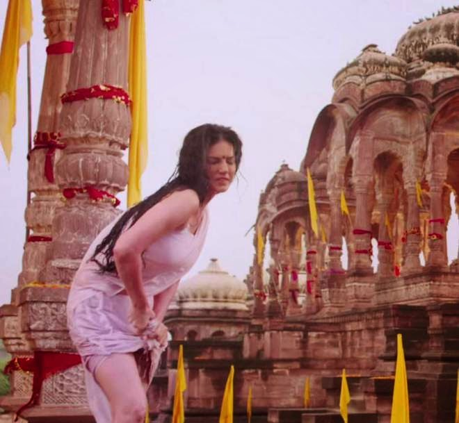 Sunny Leone Ek Paheli Leela Movie Hot Photos