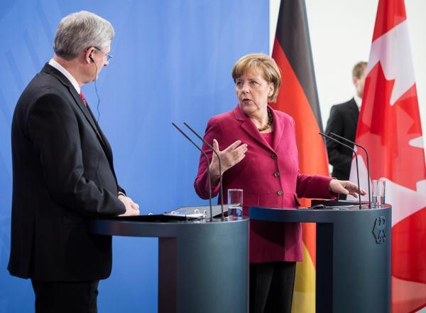 Stephen Harper, Angela Merkel