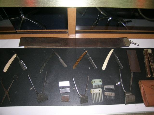 Barber Shop Equipment : home images antique barber equipment2 antique barber equipment2 ...
