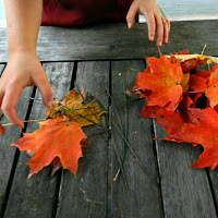 Child's Hands Leaves_Fall Foliage_New England Fall Events