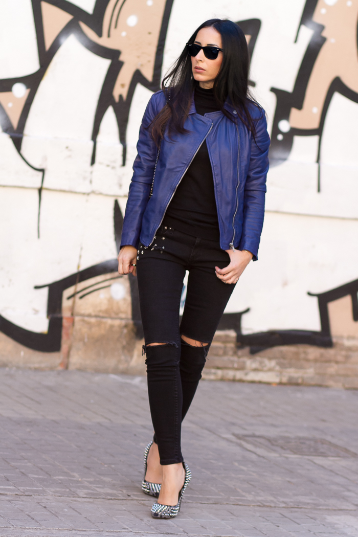 Streetstyle Carmona leather biker jacket muubaa black jeans Mango and sipked pumps Kandee